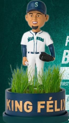Felix Hernandez 'Infield Grass' - May 19, 2018